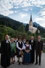 Die Zechburschen mit den kirchlichen Würdenträgern und dem BGM
